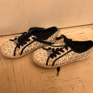 Kids Michael Kors shoes! Good condition!